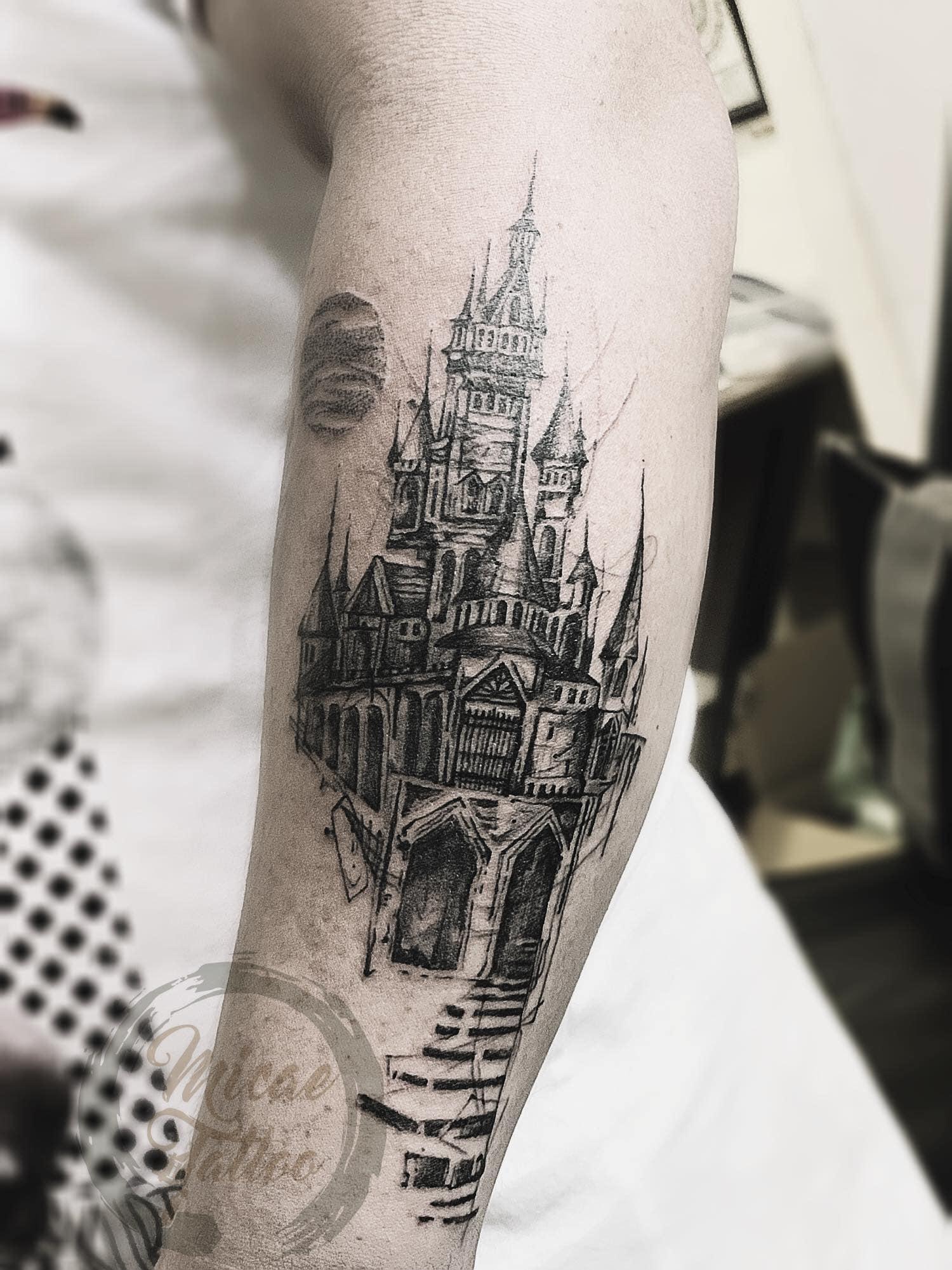 Hình xăm ở tay Micae Tattoo & Piercing Sai Gon